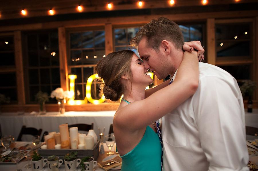 ariel=hillary-064-sacramento-wedding-photographer-stout-photography