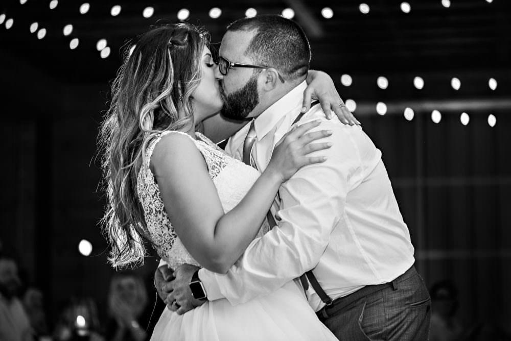 Rachel-Derek-114-Keeler-Property-Jacksonville-Wedding-Photographer-Stout-Photography