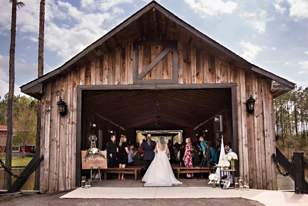 Rachel-Derek-45-Keeler-Property-Jacksonville-Wedding-Photographer-Stout-Photography