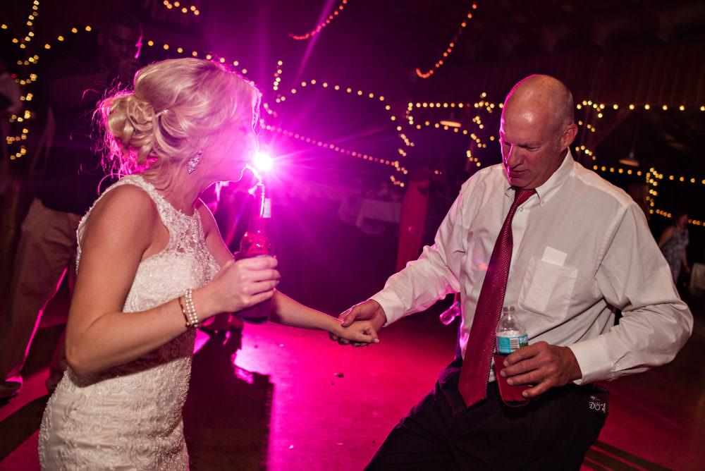 Lindsay-Royce-112-Diamond-D-Ranch-Jacksonville-Wedding-Photographer-Stout-Photography