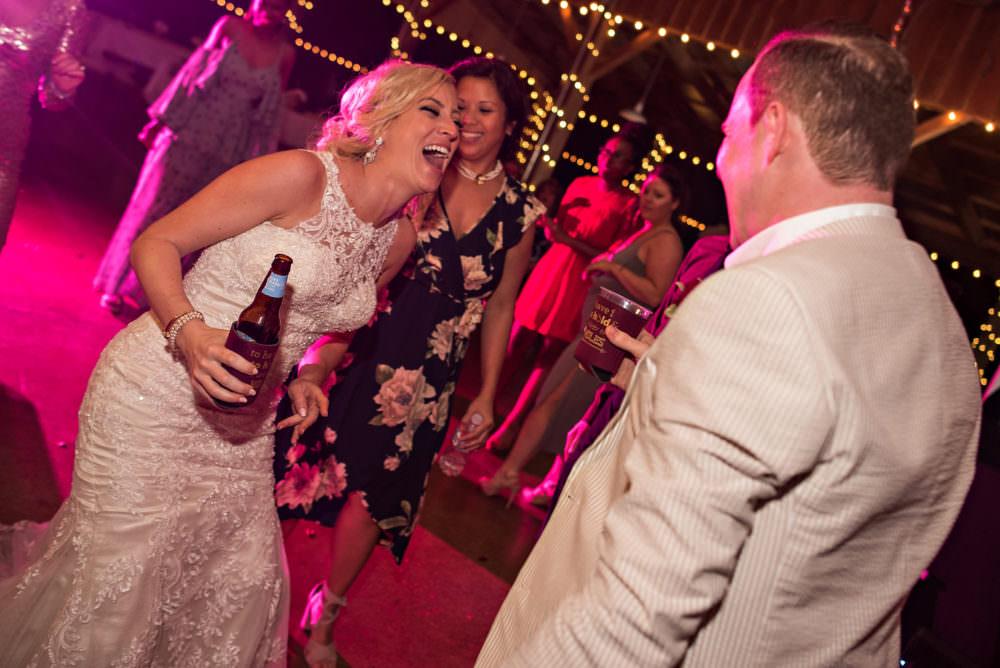 Lindsay-Royce-114-Diamond-D-Ranch-Jacksonville-Wedding-Photographer-Stout-Photography