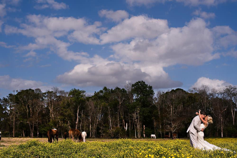 Lindsay-Royce-57-Diamond-D-Ranch-Jacksonville-Wedding-Photographer-Stout-Photography