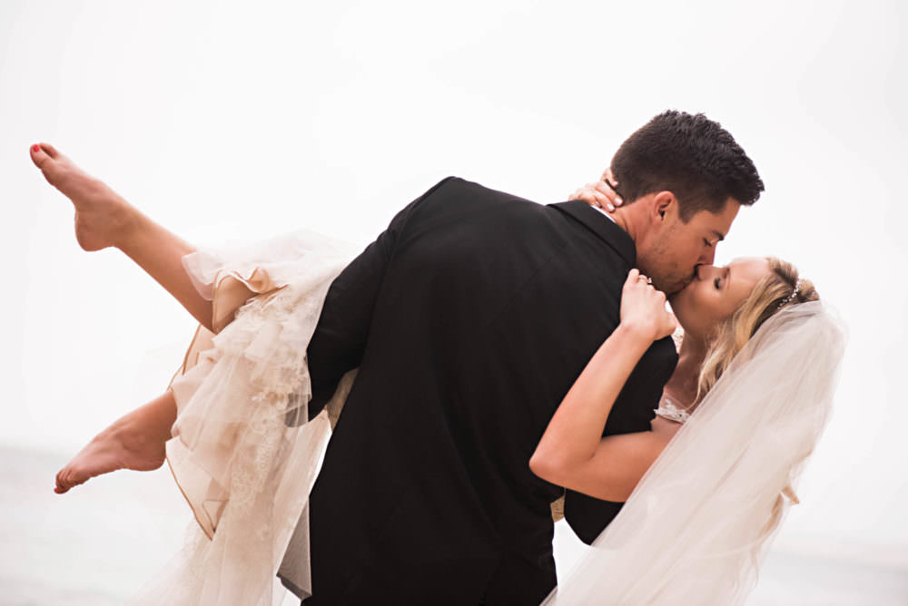 Clare-Devon-107-Monterey-Plaza-Hotel-Wedding-Photographer-Stout-Photography