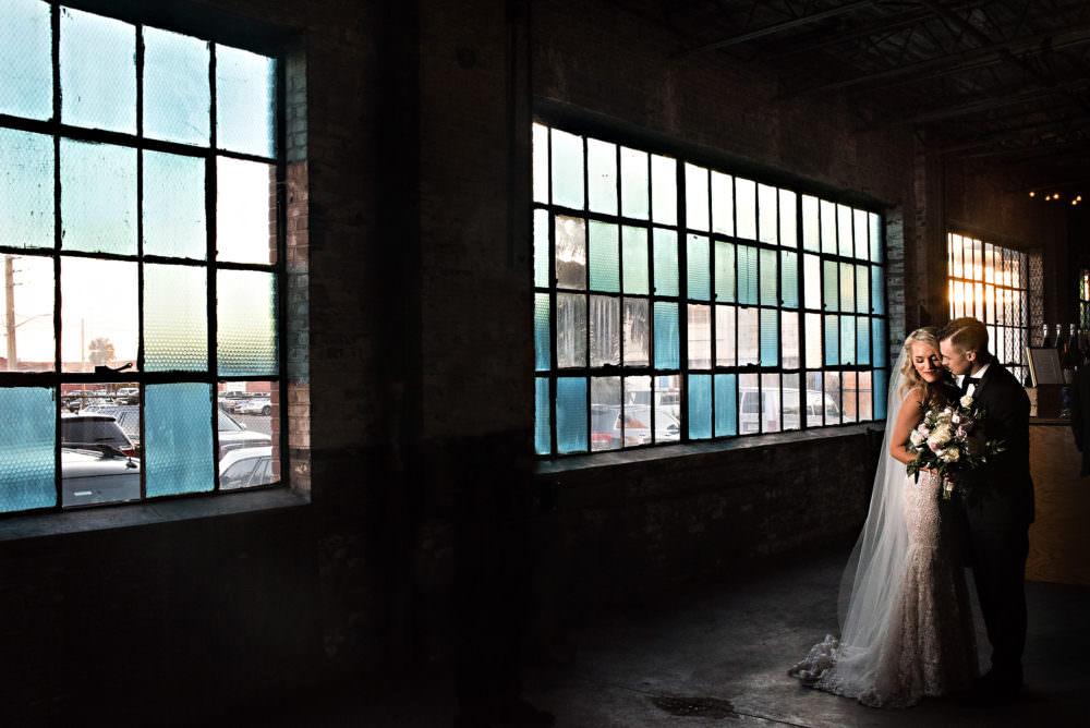 Ellie-Dj-135-The-Glass-Factory-Jacksonville-Wedding-Photographer-Stout-Photography_