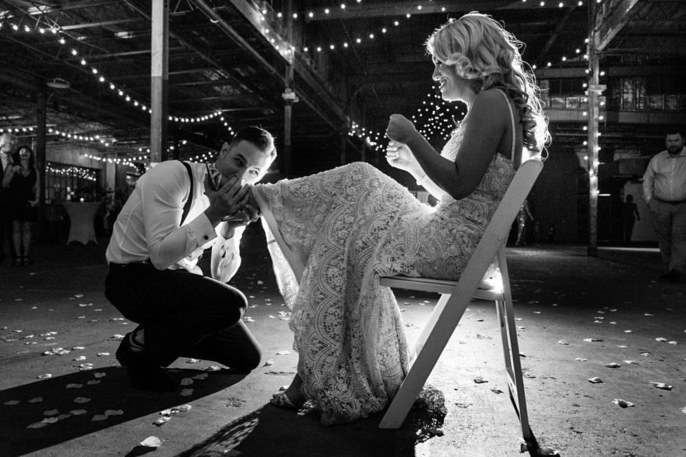 Ellie-Dj-178-The-Glass-Factory-Jacksonville-Wedding-Photographer-Stout-Photography_