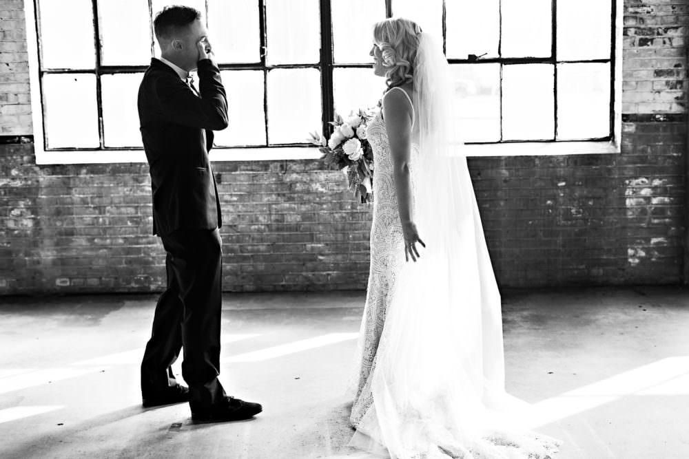 Ellie-Dj-52-The-Glass-Factory-Jacksonville-Wedding-Photographer-Stout-Photography_
