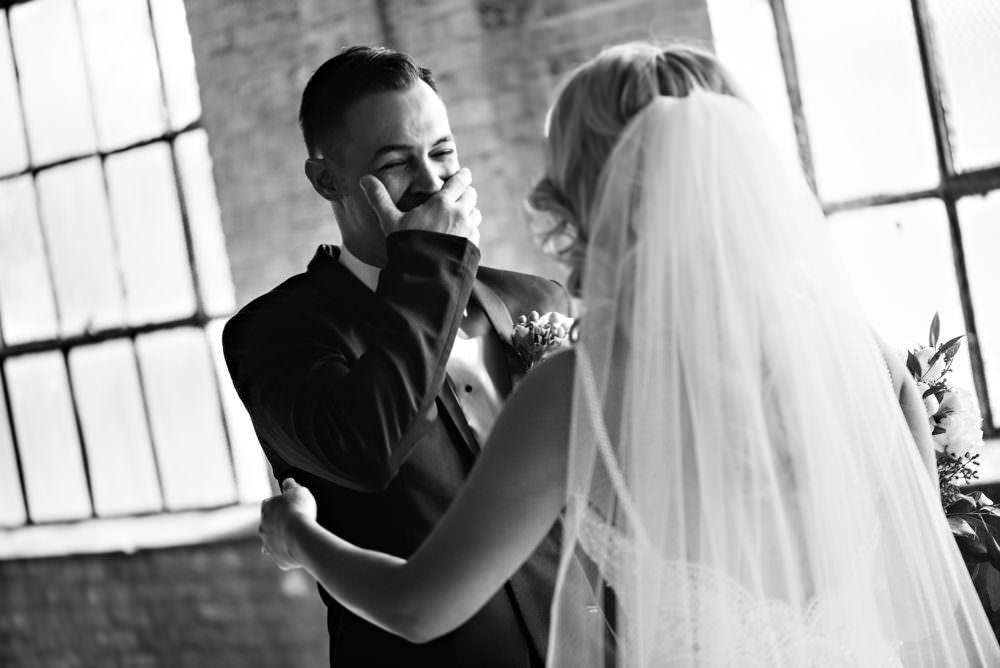 Ellie-Dj-64-The-Glass-Factory-Jacksonville-Wedding-Photographer-Stout-Photography_