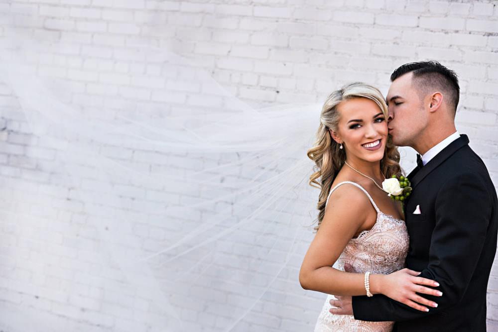 Ellie-Dj-77-The-Glass-Factory-Jacksonville-Wedding-Photographer-Stout-Photography_