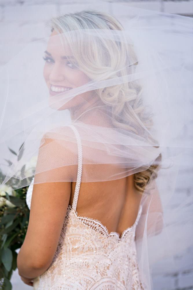 Ellie-Dj-81-The-Glass-Factory-Jacksonville-Wedding-Photographer-Stout-Photography_