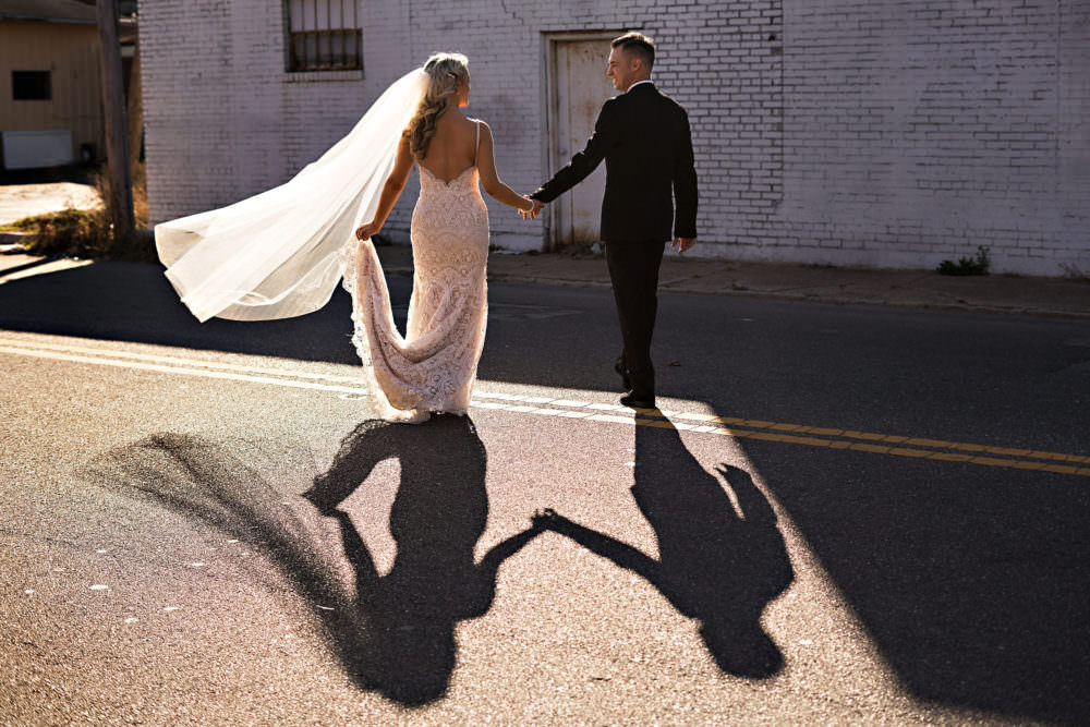 Ellie-Dj-91-The-Glass-Factory-Jacksonville-Wedding-Photographer-Stout-Photography_