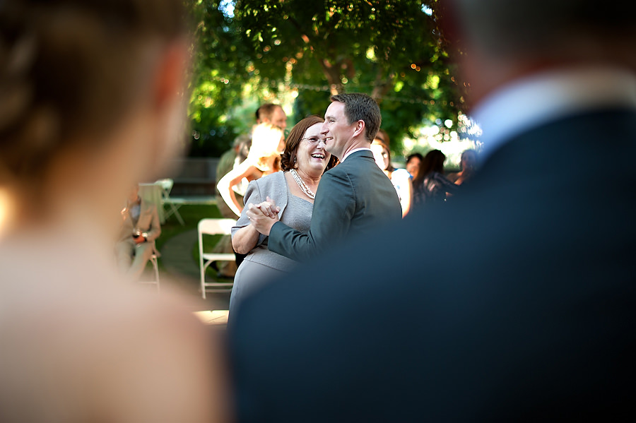 hillary-mike-016-uc-davis-arboretum-sacramento-wedding-photographer-stout-photography