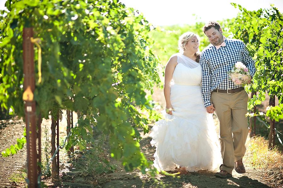 dani-mike-015-wilsons-vineyard-sacramento-wedding-photographer-stout-photography