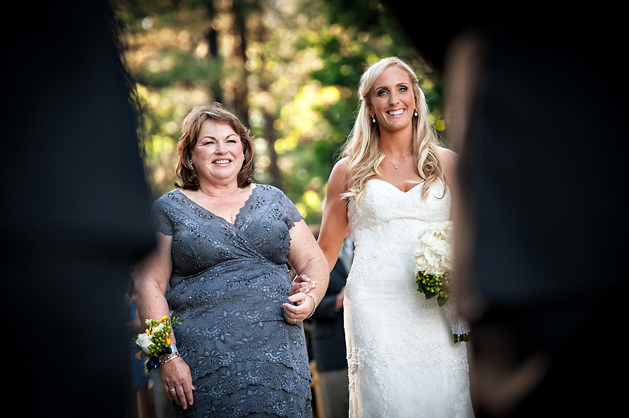 christine-steve-015-forest-house-lodge-foresthill-wedding-photographer-stout-photography