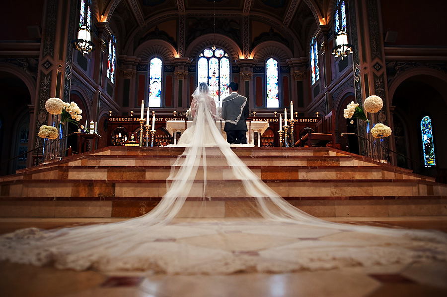 mailen-andrew-024-crocker-art-museum-sacramento-wedding-photographer-stout-photography