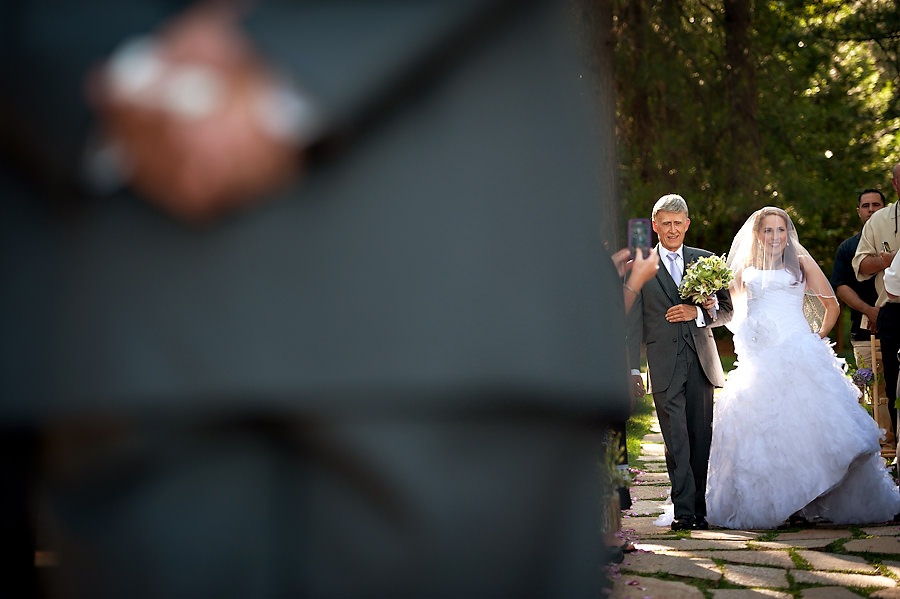 tammie-mike-008-forest-house-lodge-foresthill-wedding-photographer-stout-photography