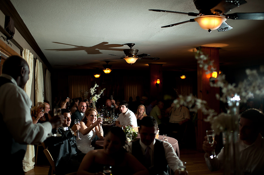 tammie-mike-027-forest-house-lodge-foresthill-wedding-photographer-stout-photography