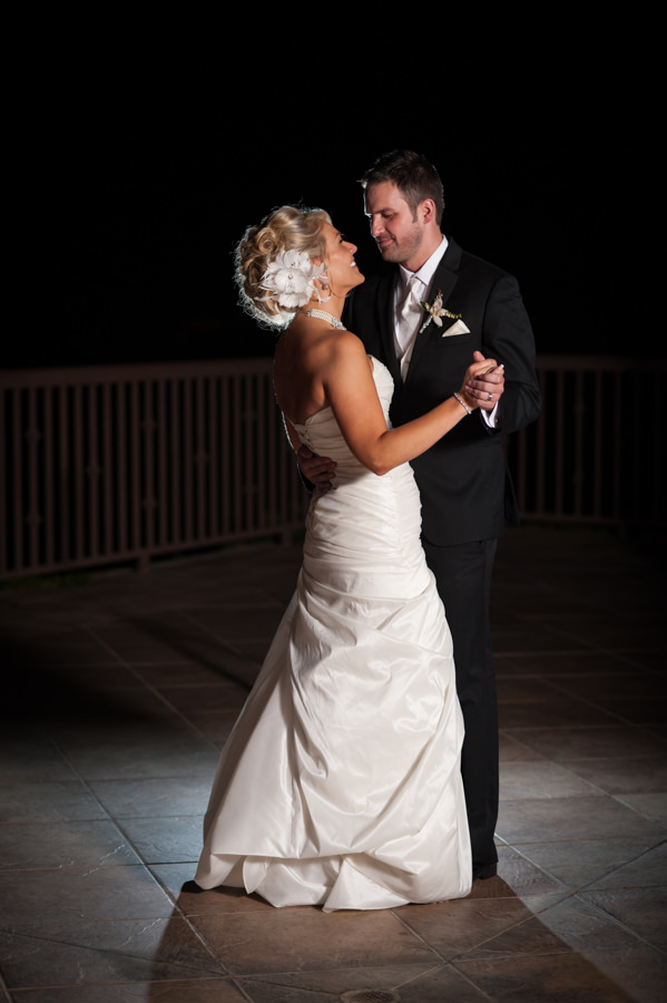 lynsey-jason-031-winchester-country-club-wedding-photographer-stout-photography