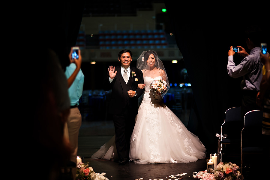 fonda-nick-009-memorial-auditorium-sacramento-wedding-photographer-stout-photography