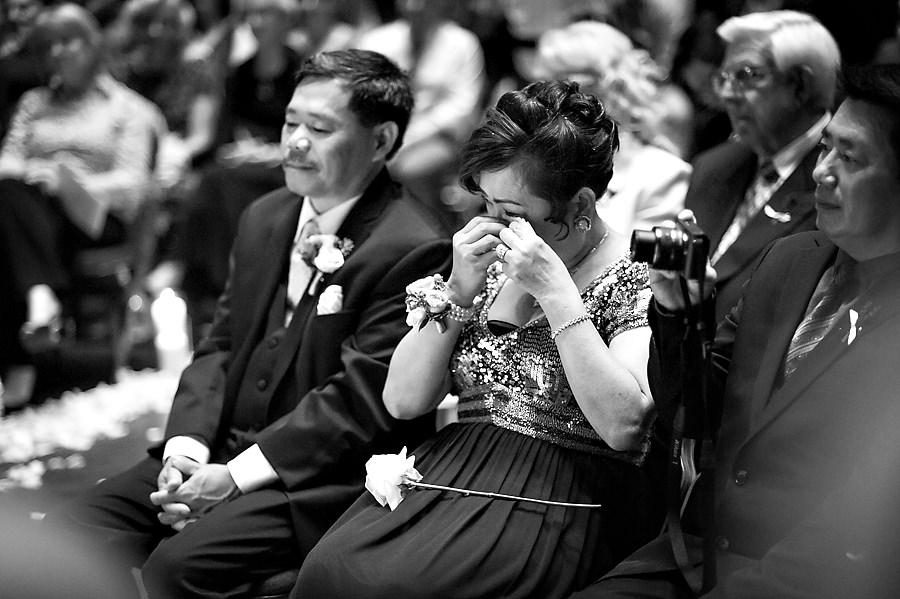 fonda-nick-012-memorial-auditorium-sacramento-wedding-photographer-stout-photography