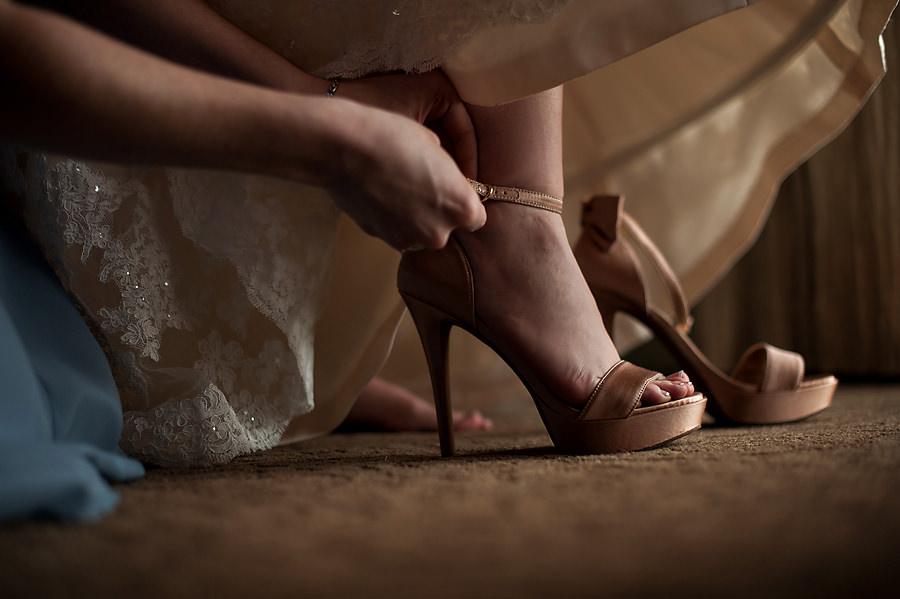 amy-chris-008-grand-island-mansion-sacramento-wedding-photographer-stout-photography