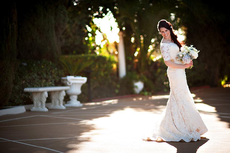 amy-chris-011-grand-island-mansion-sacramento-wedding-photographer-stout-photography