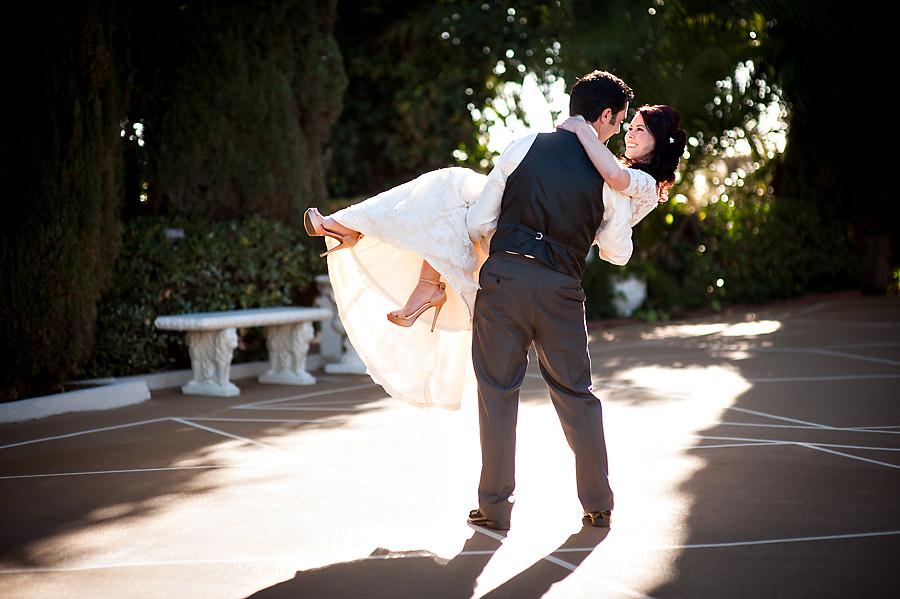amy-chris-013-grand-island-mansion-sacramento-wedding-photographer-stout-photography