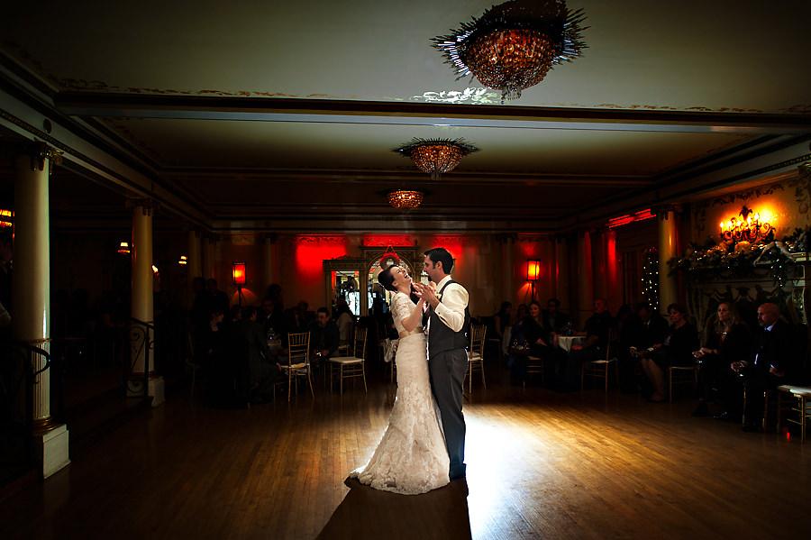 amy-chris-023-grand-island-mansion-sacramento-wedding-photographer-stout-photography
