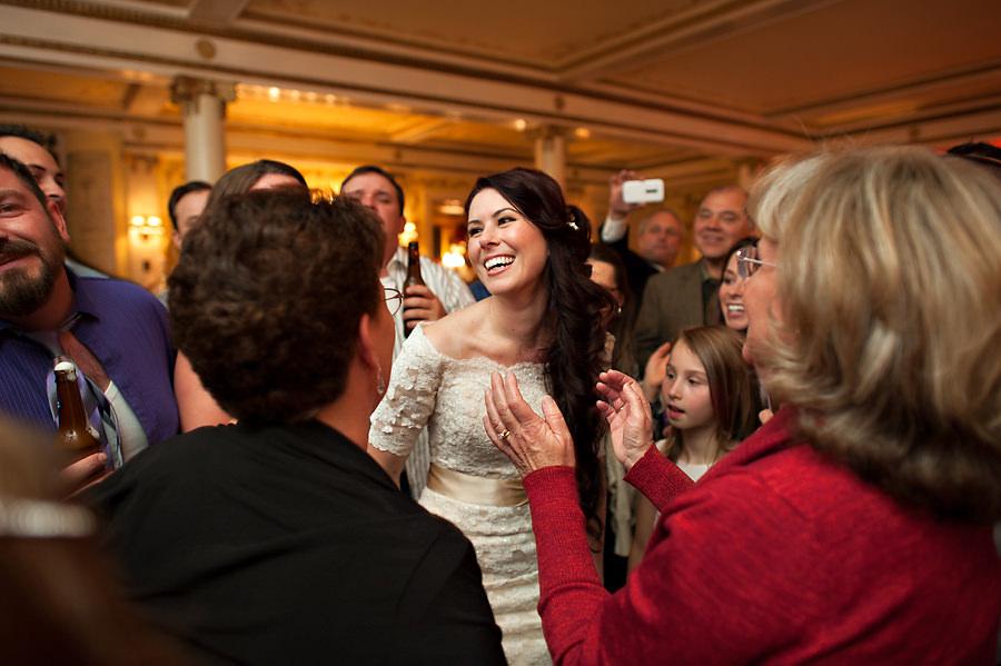 amy-chris-030-grand-island-mansion-sacramento-wedding-photographer-stout-photography