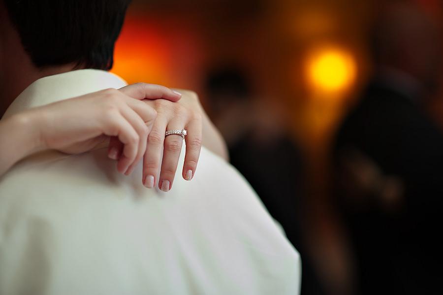 amy-chris-031-grand-island-mansion-sacramento-wedding-photographer-stout-photography