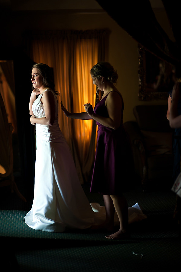 gina-zac-046-forest-house-lodge-foresthill-wedding-photographer-stout-photography