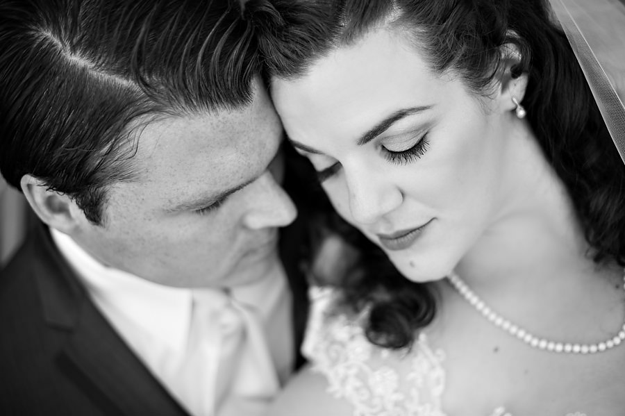 courtney-john-014-monte-verde-inn-foresthill-wedding-photographer-stout-photography