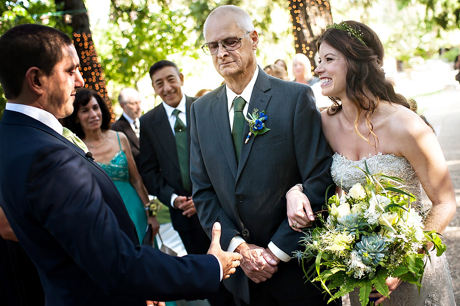 denie-david-014-monte-verde-inn-foresthill-wedding-photographer-stout-photography
