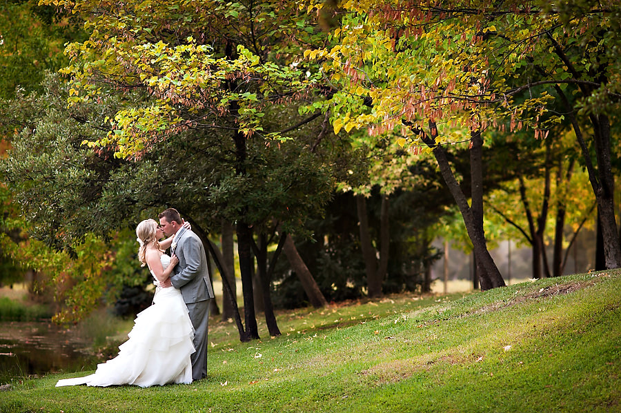 jerika-jimmy-020-ironstone-vineyard-murpheys-wedding-photographer-stout-photography
