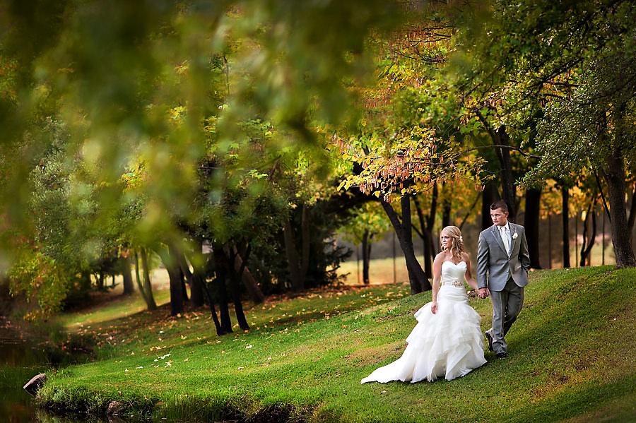 jerika-jimmy-021-ironstone-vineyard-murpheys-wedding-photographer-stout-photography