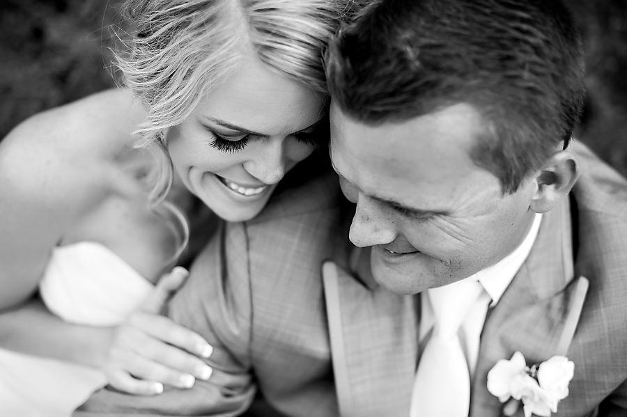 jerika-jimmy-023-ironstone-vineyard-murpheys-wedding-photographer-stout-photography