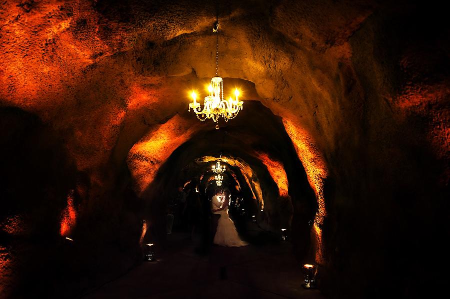 jerika-jimmy-034-ironstone-vineyard-murpheys-wedding-photographer-stout-photography