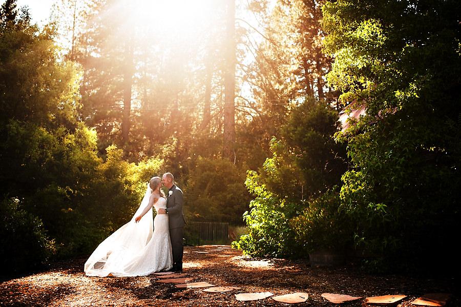 missy-matt-027-monte-verde-inn-foresthill-wedding-photographer-stout-photography