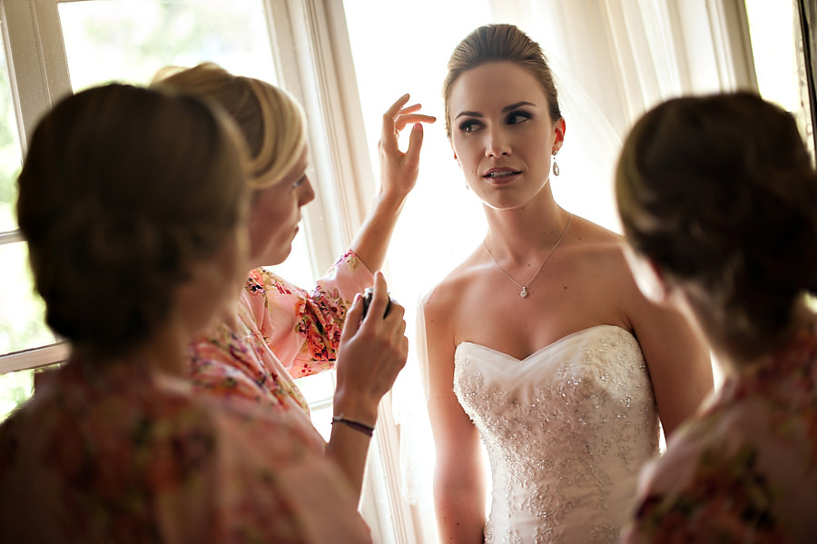 nicole-brent-008-monte-verde-inn-foresthill-wedding-photographer-stout-photography