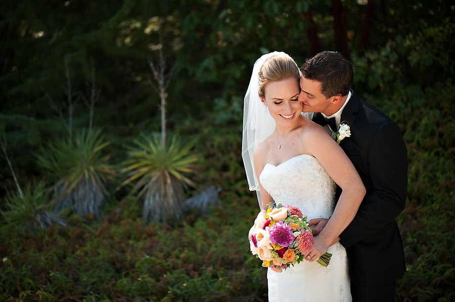 nicole-brent-012-monte-verde-inn-foresthill-wedding-photographer-stout-photography
