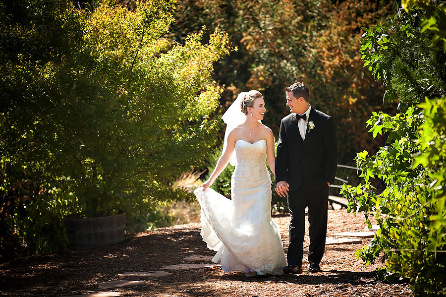 nicole-brent-013-monte-verde-inn-foresthill-wedding-photographer-stout-photography