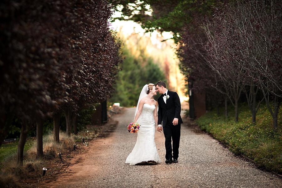 nicole-brent-030-monte-verde-inn-foresthill-wedding-photographer-stout-photography