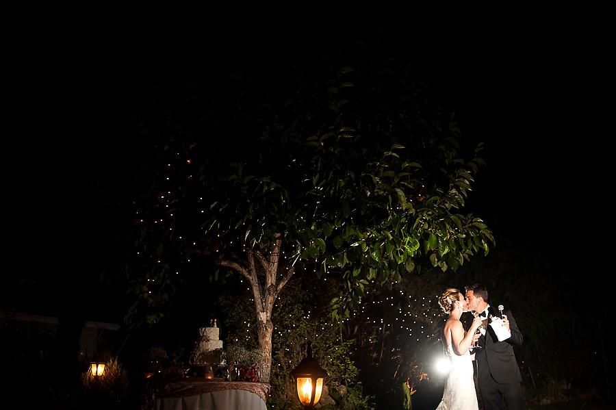 nicole-brent-036-monte-verde-inn-foresthill-wedding-photographer-stout-photography