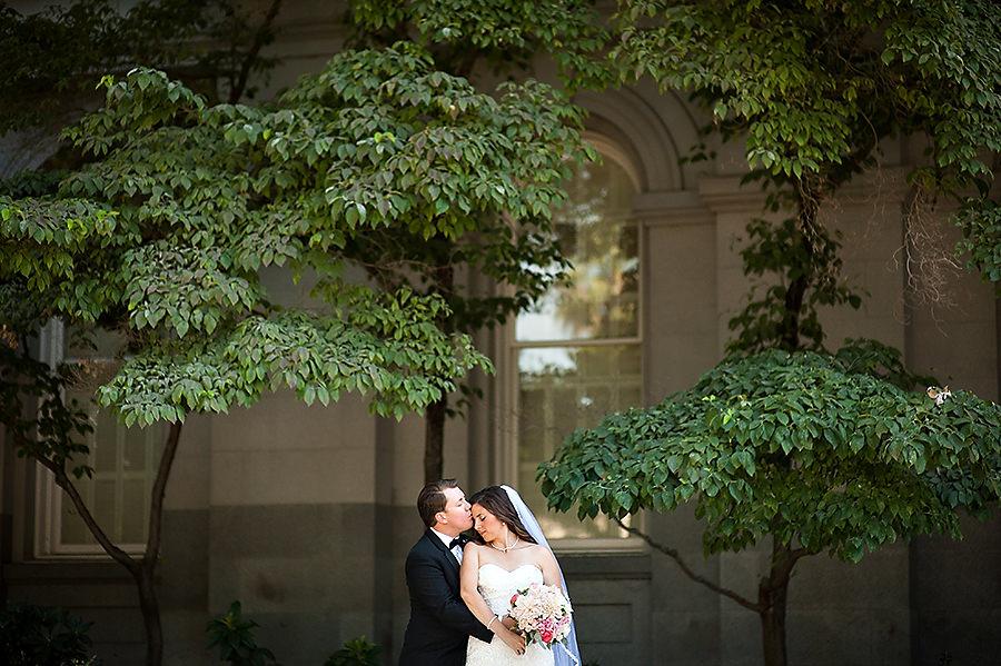 victoria-dustin-008-elks-tower-sacramento-wedding-photographer-stout-photography
