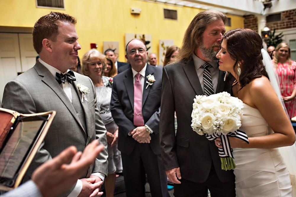 Pat-Amy-27-The-Marshall-House-Savannah-Wedding-Photographer-Stout-Photography
