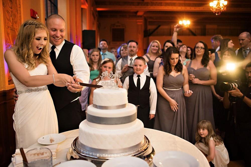 Amanda-Josh-45-Elks-Tower-Sacramento-Wedding-Photographer-Stout-Photography