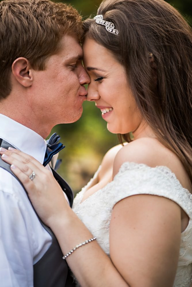 Rachelle-Darby-43-Monte-Verde-Inn-Foresthill-Wedding-Photographer-Stout-Photography