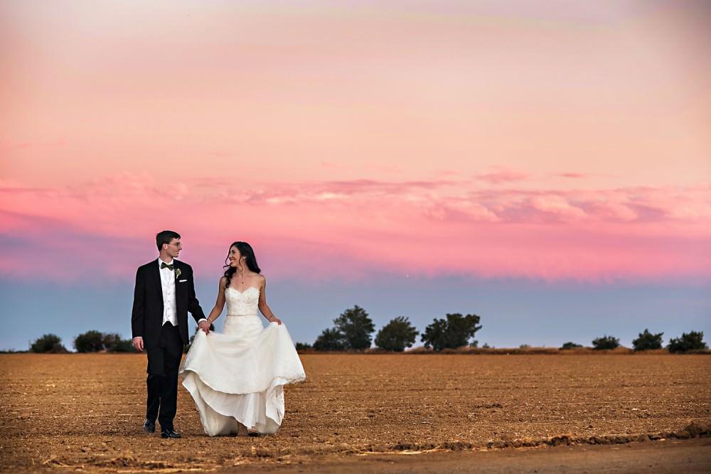 Emily-Mike-41-Park-Winters-Sacramento-Wedding-Photographer-Stout-Photography