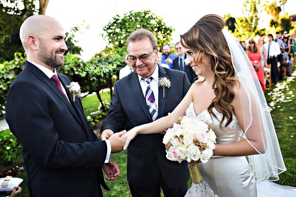 Gabby-Dave-25-Scribner-Bend-Sacramento-Wedding-Photographer-Stout-Photography