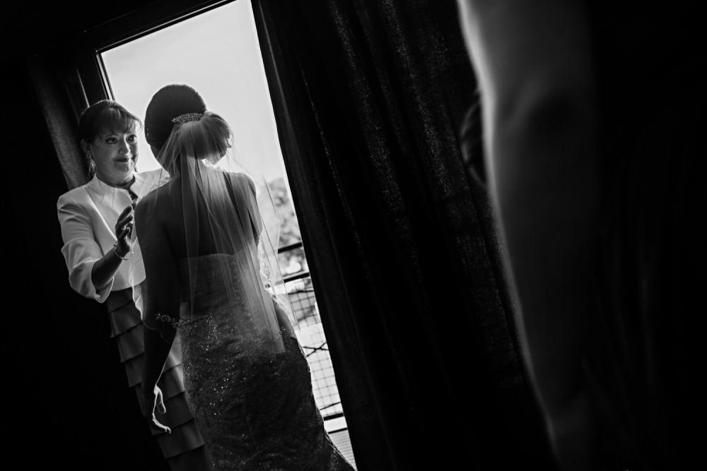 Rachel-Steven-11-Hyatt-Regency-Savannah-Wedding-Photographer-Stout-Photography