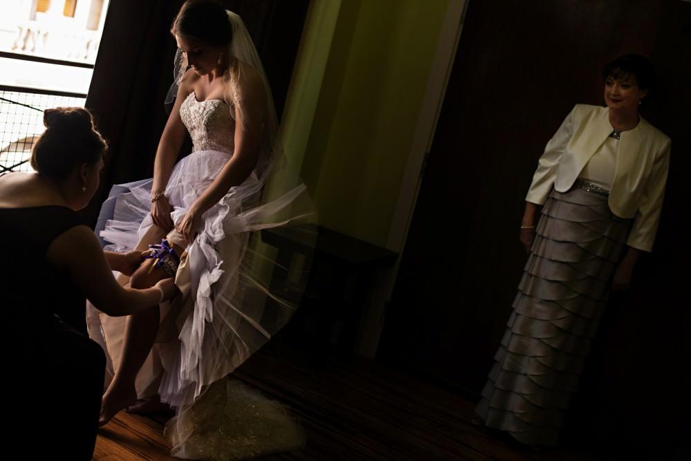 Rachel-Steven-8-Hyatt-Regency-Savannah-Wedding-Photographer-Stout-Photography